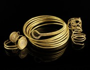 Large Middle-Bronze Age Gold Spirals