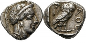 AR Tetradrachm ca. 450 BC, Attica, ATHENS Head of Athena right, wearing crested helmet ornamented with three olive-leaves and floral scroll. Rev. owl,...