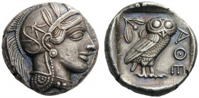 GREEK COINS   Attica   Athens, c. 455-449 BC. Tetradrachm (Silver, 23mm, 17.01g 4). Head of Athena to right, wearing disc earring, pearl necklace and...