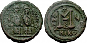 JUSTIN II with SOPHIA (565-578). Follis. Nicomedia. Dated RY 5 (569/70).