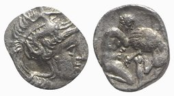 Southern Apulia, Tarentum, c. 380-325 BC. AR Diobol (10mm, 0.85g, 6h). Head of Athena r., wearing crested helmet decorated with Skylla. R/ Herakles kn...
