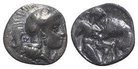 Southern Apulia, Tarentum, c. 380-325 BC. AR Diobol (10mm, 1.14g, 6h). Head of Athena r., wearing crested helmet decorated with circles. R/ Herakles k...