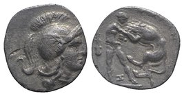 Southern Apulia, Tarentum, c. 325-280 BC. AR Diobol (11mm, 0.99g, 9h). Head of Athena r., wearing crested Attic helmet. R/ Herakles standing facing, s...