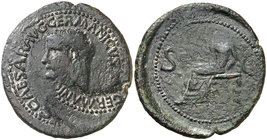 (37-38 d.C.). Calígula. As. (Spink 1803) (Co. 27) (RIC. 38). 9,49 g. GERMANIC(VS) reacuñado en anverso. Rara. MBC.