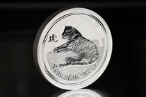 Australia. Elizabeth II. 30 dollars. 2010. P. (Km-1374). Ag. 1001,00 g. Year of the Tiger. PR. Est...600,00.