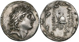Kings of Syria, Tryphon (usurper, 142-138 BC), tetradrachm, Antioch, diademed head right, rev., ΒΑΣΙΛΕΩΣ ΤΡΥΦΩΝΟΣ ΑΥΤΟΚΡΑΤΟΡΟΣ, spiked Macedonian helm...