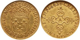 Louis XIII (1610-1643). Gold Ecu d'or, 1642-A, Paris. Hammered coinage. Crowned arms of France. Rev. Lobed floriated cross (Fr 398; Gadoury 55; KM 41....